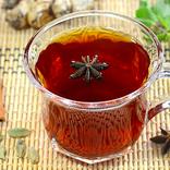 戸棚に眠っているスパイスで「アドリブ茶」を作る