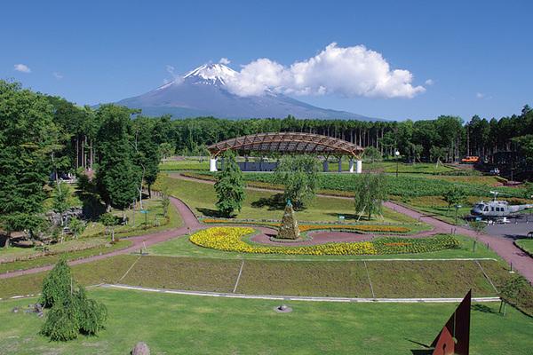 御殿場市富士山交流センター富士山 樹空の森