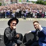 JAY'EDが新作で共同プロデュースのEXILE ATSUSHIとイベント開催、4000人のファンが美声に酔いしれる