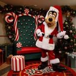 【ディズニークリスマス】グーフィーがサンタに! 香港のクリスマスではキャッスルショーも開催