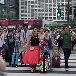 『フラーハウス』日本限定予告映像&来日撮影エピソード公開 「一番印象的だったのは渋谷の交差点での撮影よ。とにかく凄かったわ。」