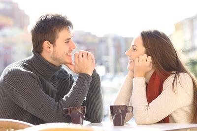 モテる会話は男性が何かを話した時に語尾を繰り返して