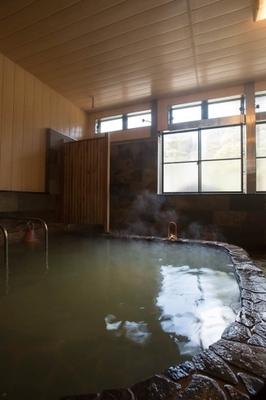 新山温泉 旅館 上の湯