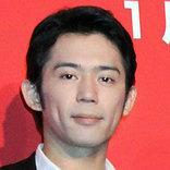 岡田義徳が『元日婚』を報告 お相手は、やっぱりあの女優さんだった