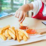 砂糖やケチャップに要注意!幼児の「調味料の目安」はどのくらい?