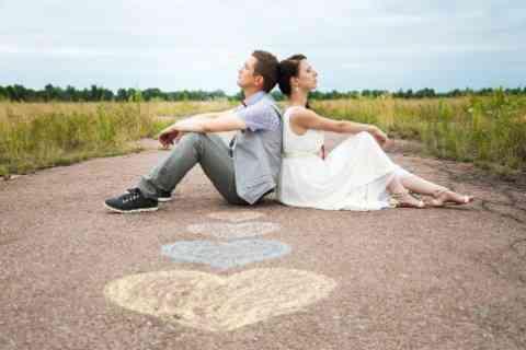 知らないと逃げられる!?――彼氏が結婚を決意しない3つの男性心理とは?