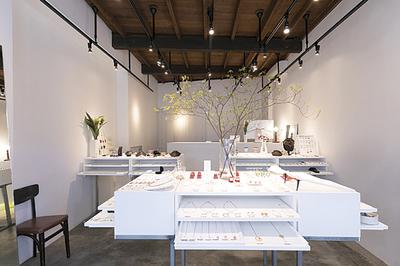 churaumi-ukishima accessory lab.