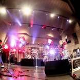 アンカフェ、幸せに満ち溢れたデビュー15周年ライブを開催