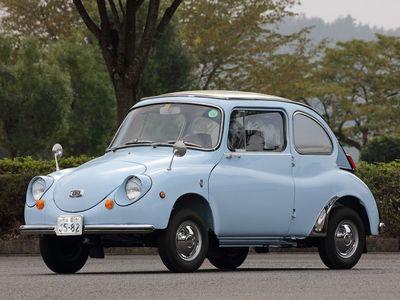 ▲で、こちらがスバル 360。1958年から1970年までに39万台以上が生産されたスバルの軽自動車で、1960年代の日本では「国民車」的な感じでありました。今なおマニアが多く、レストアしながら普通に乗られています