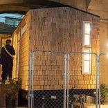 まるで秘密基地!高架下の小さなホステル「タイニーハウス」は居心地抜群だった