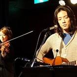 半田健人、「実年齢マイナス45年」の世界を追求 '70年代フォークを現代に再現した『生活』発売記念ライブ開催