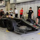 優先順位は「追い抜き」「最高速度」「ラップタイム」。SUPER FORMULAの新型車両「SF19」がシェイクダウン