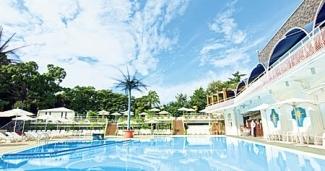 ホテルニューオータニ プールサイドダイニング OUTRIGGER