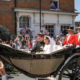 英国ヘンリー王子の結婚式の「引き出物」オークションの値段は?