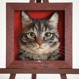 えっ…本物の猫じゃないの!? 日本人アーティストの作った「リアルすぎる猫の肖像画」が海外で話題に