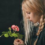 小林麻耶、電撃婚で見え隠れする「感謝するオンナ」の心の闇