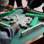 賭けゴルフ、賭けマージャン…違法な賭け事経験者の割合が判明 負けて食事を奢るのも違法?