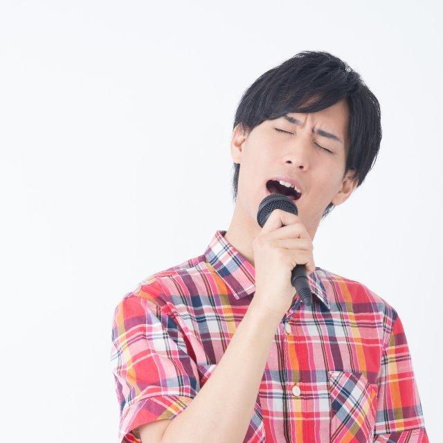 バトル 殺人 鬼 カラオケ