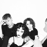 "Interview with Pale Waves about ""My Mind Makes Noises"""