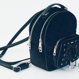 【ミニバッグ】吉田朱里のミニバッグとバッグの中身、全部見せちゃう!