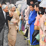 天皇陛下の右肩を見てみると…? 「なんて素敵な心遣い」