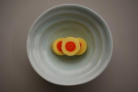 「鶏卵様」(再現レプリカ)東京家政学院生活文化博物館蔵(通期)