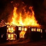 炎上はツイッターだけにしておこう。本当に家などが炎上してしまった有名人