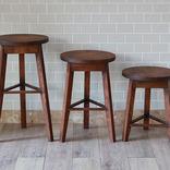 30年の時を重ねた「ウイスキー樽」を、家具にリメイク。これは渋すぎるよ……