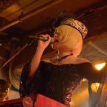 キノコホテル、『マリアンヌ東雲性誕祭』にて珠玉のカバーを続々披露