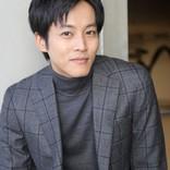 松坂桃李、攻め続けて30歳 蜷川幸雄氏の「怠けるな」に今も背筋正す