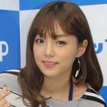 篠崎愛のInstagramに「セクシー!」の声が殺到 ブログで公開した愛用のメイク用品とは?