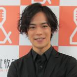 声優・小野賢章が野村萬斎と勝負! 高身長の「でくのぼうキャラ」を演じる
