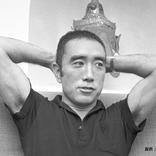 三島由紀夫・自決の日は? ボディビルで鍛えた筋肉と、作品『仮面の告白』に迫る