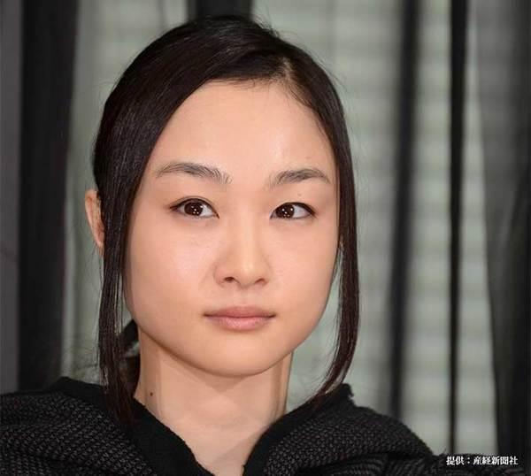 『天誅~闇の仕置人~』の制作発表に出席した小野ゆり子さん 2014年