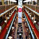 オーストラリア・シドニーのビジネス街に残る1890年代の建物を利用したショッピングアーケード「ストランド・アーケード(The Strand Arcade)」