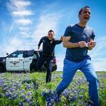 テキサス警察官の『最高すぎる写真』が話題に 「どうなっとんねん」「可愛い」