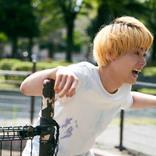 金髪菅田将暉が狂気の笑み、不安げに佇む太賀「タロウのバカ」ビジュアル解禁