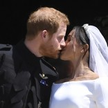 ヘンリー王子&メーガン妃、結婚1周年に結婚式の秘蔵写真を公開