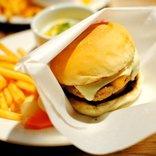 一人で入りやすいファストフード店ランキング発表 / バーガー系と和食系の1位はどこ?
