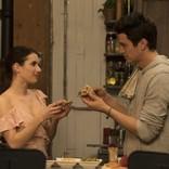エマ・ロバーツ&ヘイデン・クリステンセン共演、おしゃれで美味しいラブコメ公開