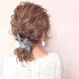 結婚式はおしゃれな髪飾りで参列しよう♡《長さ別》おしゃれなアレンジ&アクセサリー