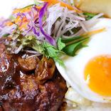 【7月11日は何の日…!?】ハンバーグがおいしい、ロコモコ開きの日!