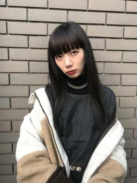 ロングストレート×黒髪