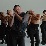 サム・スミス、しなやかなダンスを披露する新曲「ハウ・ドゥ・ユー・スリープ?」MV公開