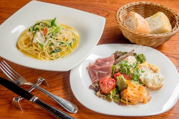 Dining+Cafe&Bar閏
