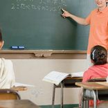学生時代に教師から性的視線を感じた? 30代女性に続く2位は意外にも…