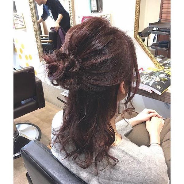結婚式 髪型 セミロングヘア ハーフアップ2