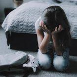 「いつまでダラダラ食べてんのよ!」 食の細い7歳女児を母親が殴り殺す