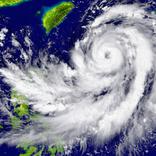 沖縄の離島で台風がきたらどうする!?予定変更時に役立つ豆知識