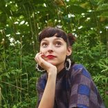 """Interview with Stella Donnelly about """"Beware of The Dogs"""" /ステラ・ドネリー来日インタビュー"""